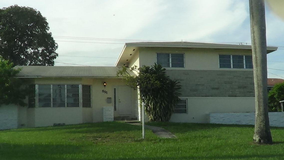 Home for sale in NORTH DADE COUNTRY CLUB VLG SEC 1 Miami Gardens Florida
