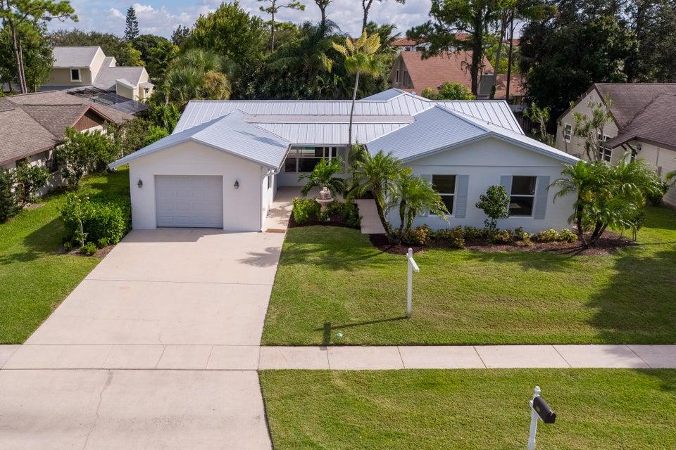 600 Oak Terrace  Jupiter FL 33458