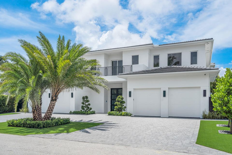 2265  Queen Palm Road , Boca Raton FL 33432 is listed for sale as MLS Listing RX-10462304 photo #2