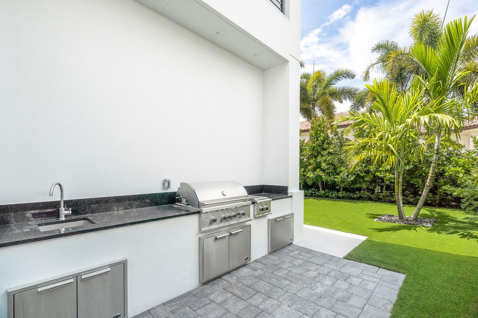 2265  Queen Palm Road , Boca Raton FL 33432 is listed for sale as MLS Listing RX-10462304 photo #3