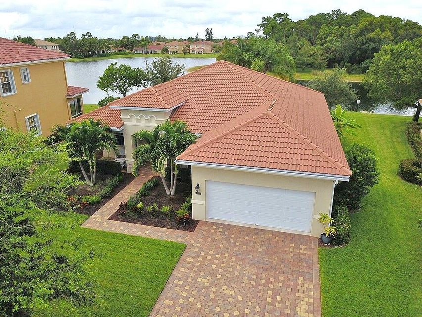 6750 Osage Circle , Greenacres FL 33413 is listed for sale as MLS Listing RX-10462245 46 photos