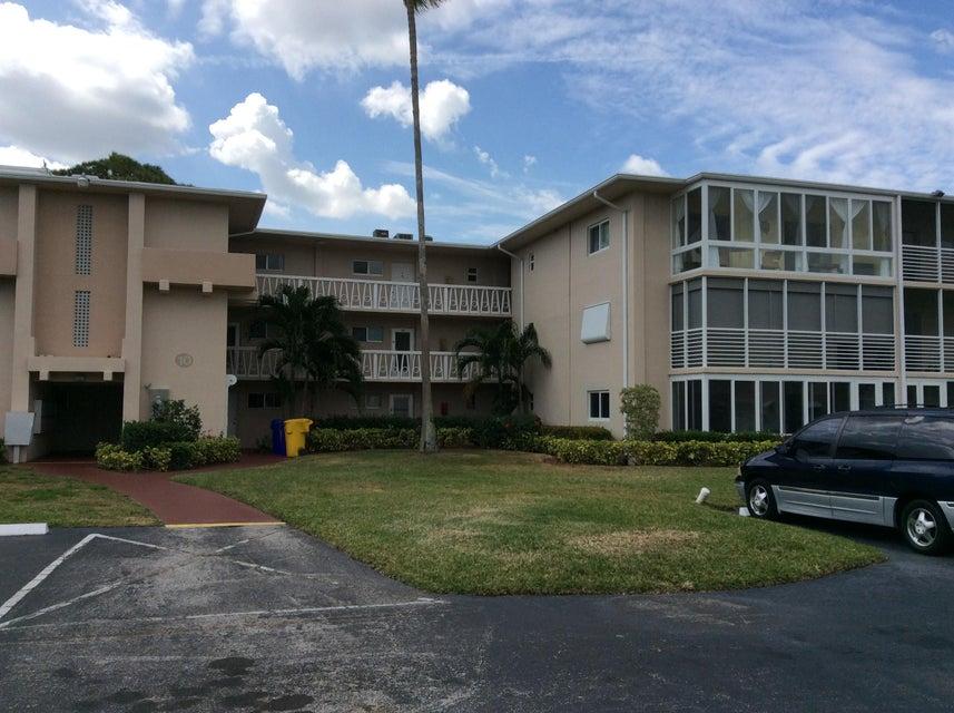 2562 Garden Drive 312 Lake Worth, FL 33461