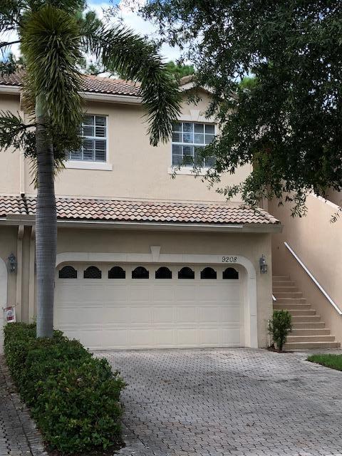 9208  Wentworth Lane, Port Saint Lucie, Florida
