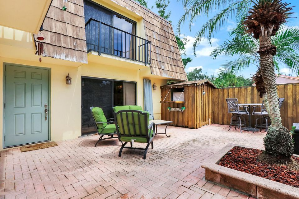 616 6th Court , Palm Beach Gardens FL 33410 is listed for sale as MLS Listing RX-10462264 20 photos