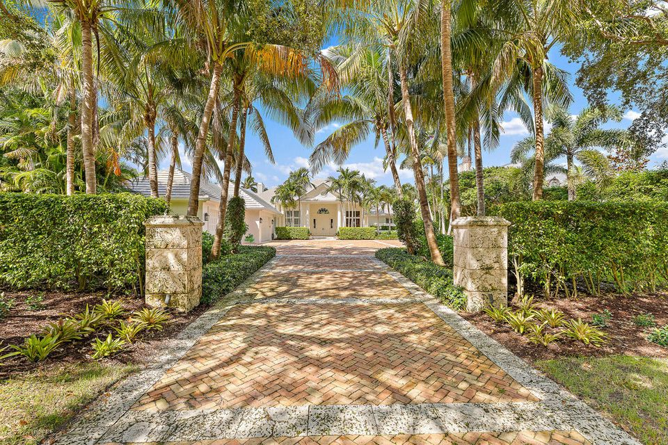 228  Commodore Drive , Jupiter FL 33477 is listed for sale as MLS Listing RX-10462281 photo #9