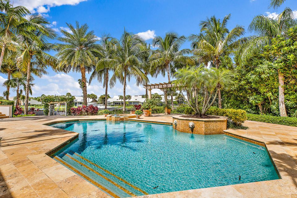 228  Commodore Drive , Jupiter FL 33477 is listed for sale as MLS Listing RX-10462281 photo #4