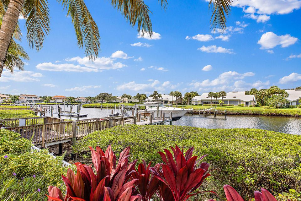 228  Commodore Drive , Jupiter FL 33477 is listed for sale as MLS Listing RX-10462281 photo #11