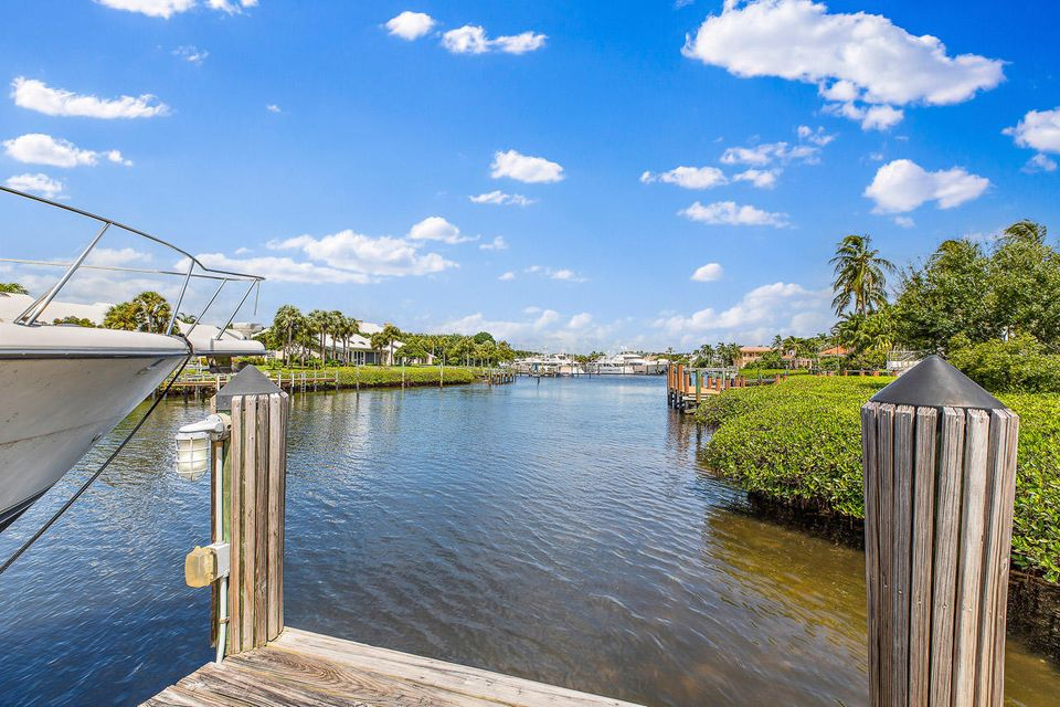 228  Commodore Drive , Jupiter FL 33477 is listed for sale as MLS Listing RX-10462281 photo #25