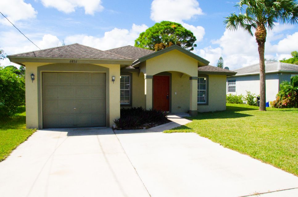 6934 Mitchell Street , Jupiter FL 33458 is listed for sale as MLS Listing RX-10461152 21 photos