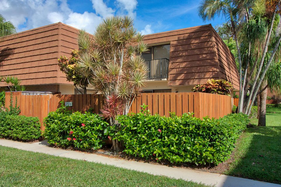 2516 25th Court 2516 , Jupiter FL 33477 is listed for sale as MLS Listing RX-10439681 20 photos