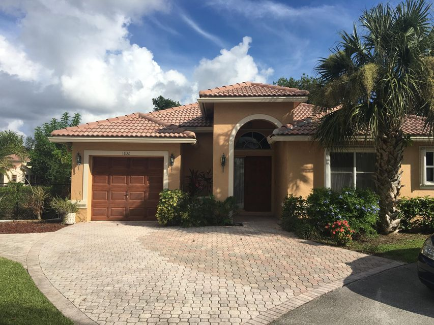 1832 Capeside Circle  Wellington, FL 33414