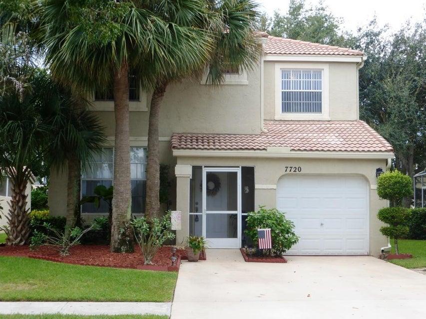7720 Rockport Circle Lake Worth, FL 33467