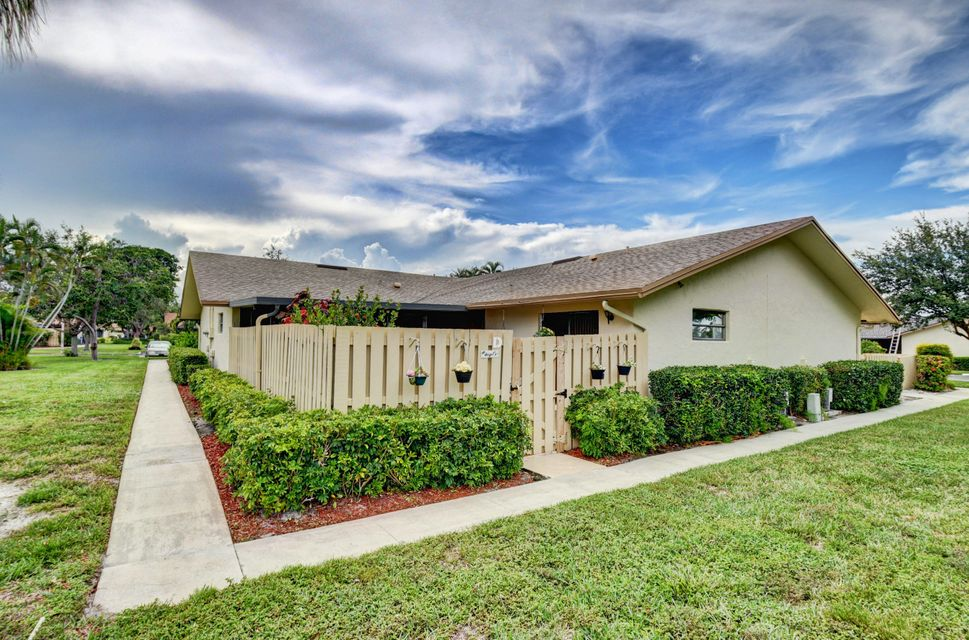 985 NW 29th Avenue D  Delray Beach, FL 33445