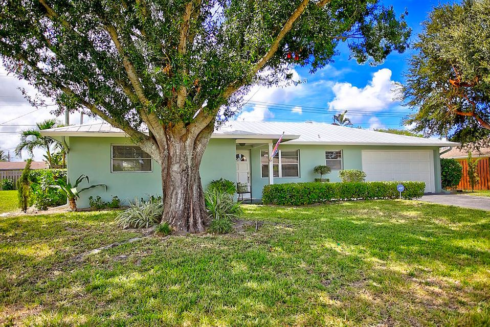 1506 Venus Avenue , Jupiter FL 33469 is listed for sale as MLS Listing RX-10463112 13 photos