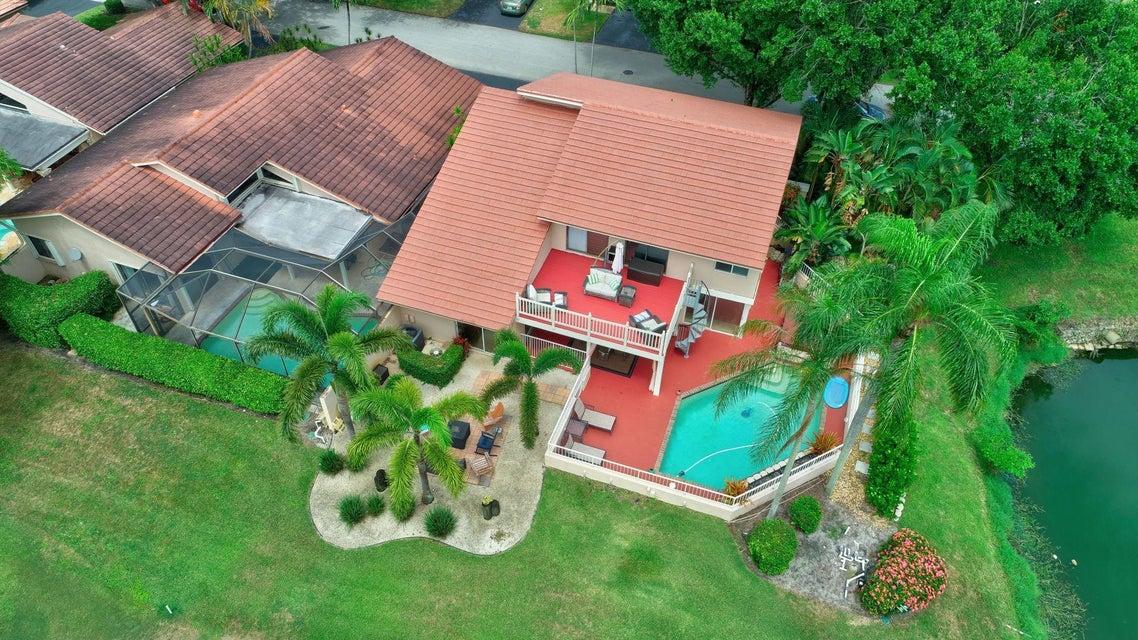 667 Hollows Circle  Deerfield Beach FL 33442