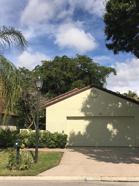 70 Ironwood Way  Palm Beach Gardens FL 33418