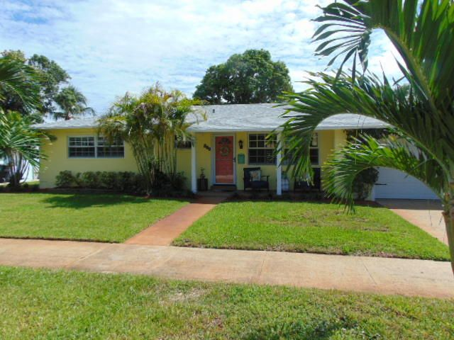 Home for sale in COLLEGE PARK ADD 6 Lake Worth Florida