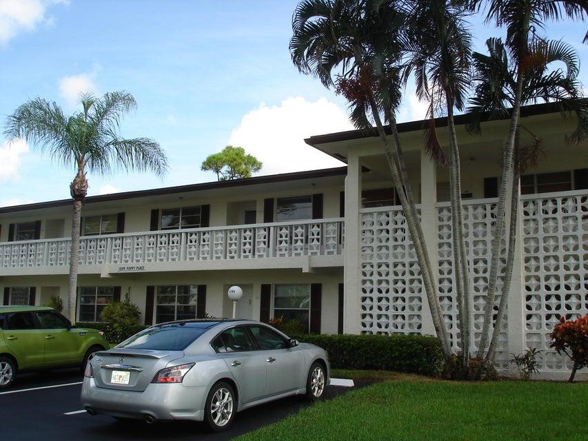 5399 Poppy Place 203  Delray Beach, FL 33484