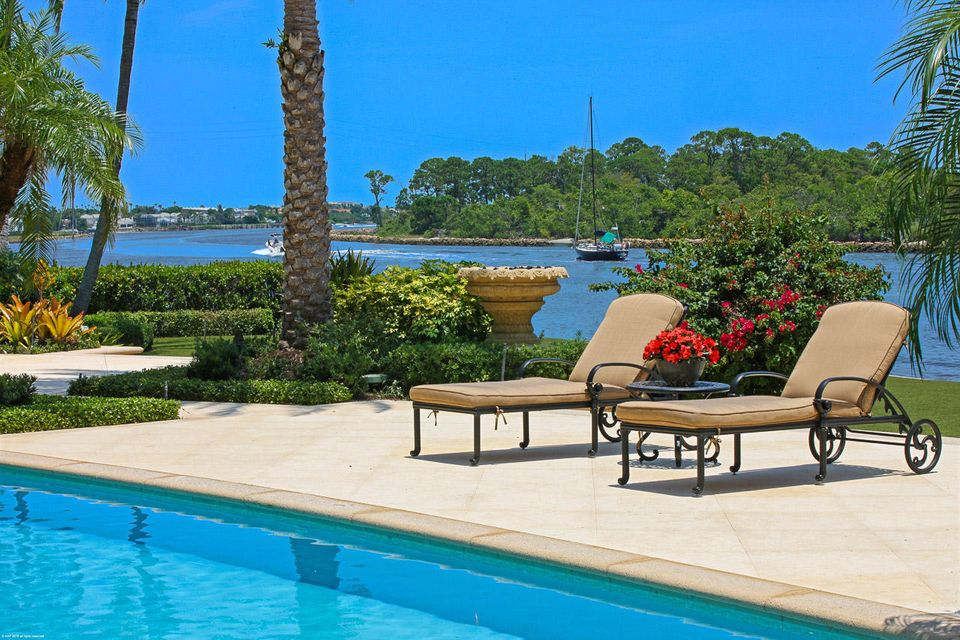 000  Commodore Drive , Jupiter FL 33477 is listed for sale as MLS Listing RX-10463508 photo #3