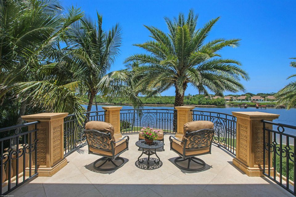 000  Commodore Drive , Jupiter FL 33477 is listed for sale as MLS Listing RX-10463508 photo #16