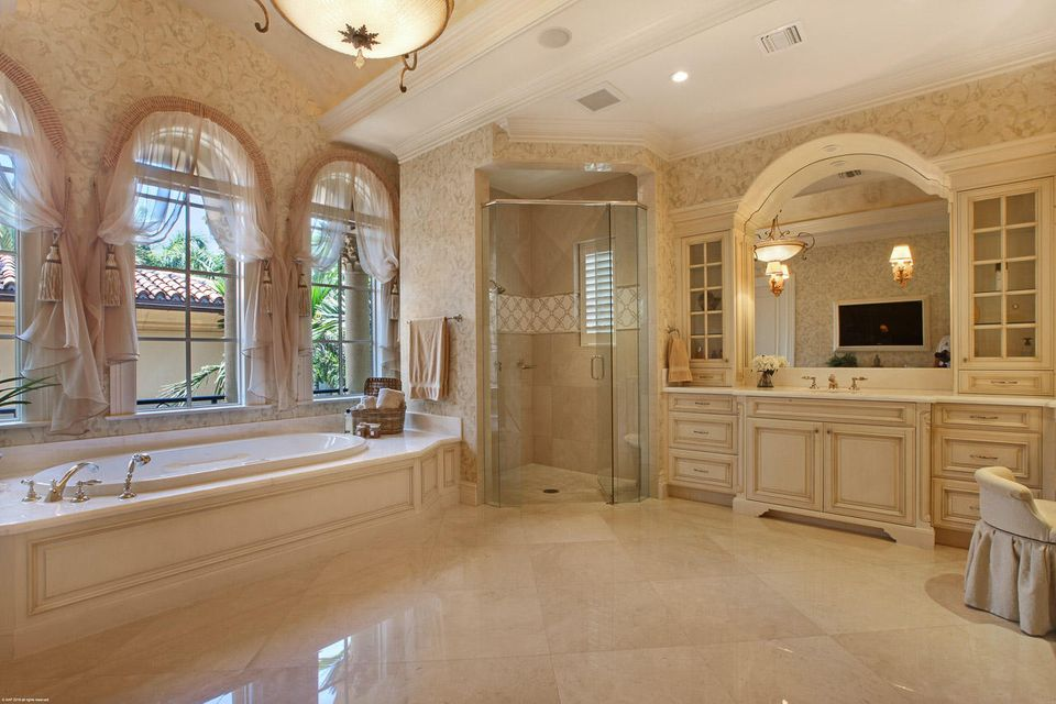 000  Commodore Drive , Jupiter FL 33477 is listed for sale as MLS Listing RX-10463508 photo #19
