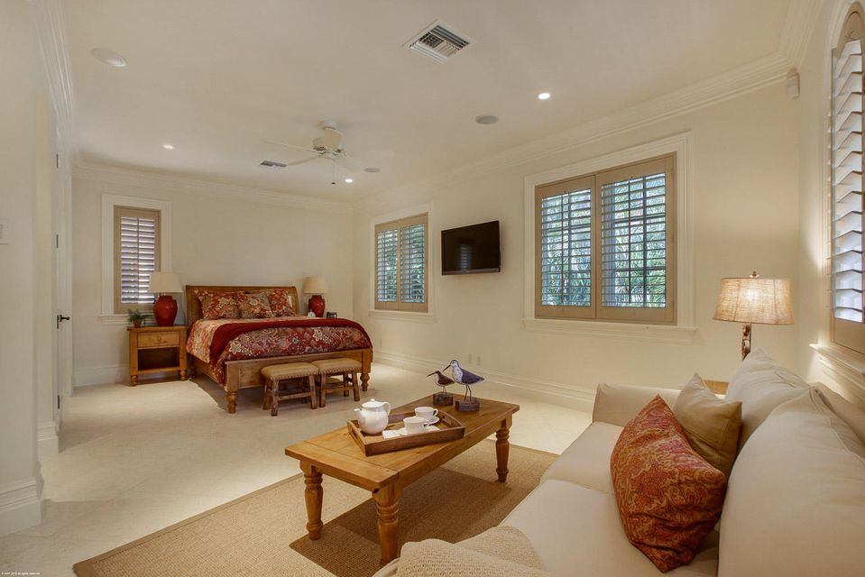 000  Commodore Drive , Jupiter FL 33477 is listed for sale as MLS Listing RX-10463508 photo #23