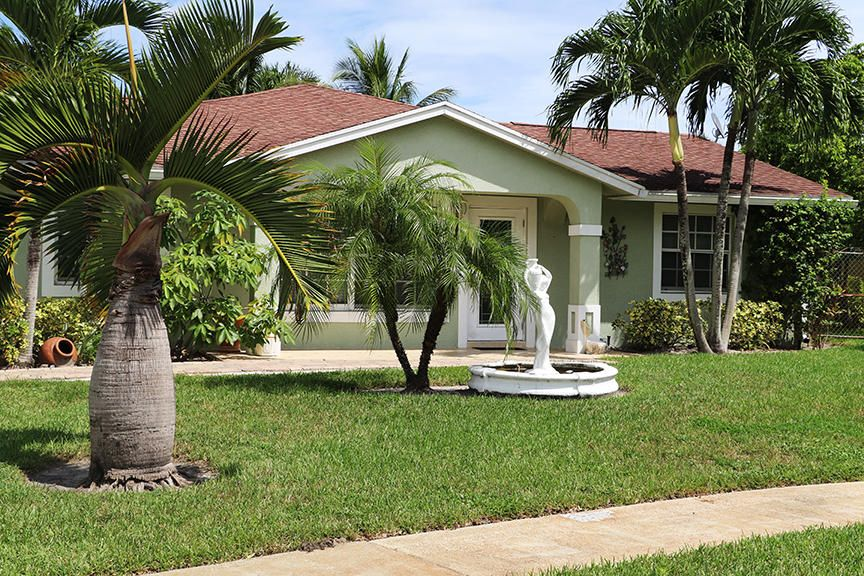 Home for sale in SOUTHWOODS AS West Palm Beach Florida