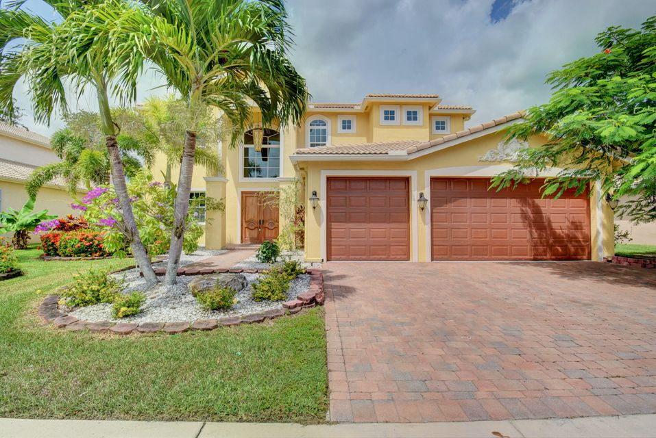 9945 Via Bernini  Lake Worth, FL 33467