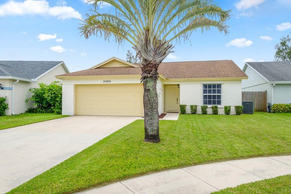 5084 Arbor Glen Circle Lake Worth, FL 33463