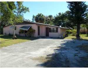 4358 Palm Avenue West Palm Beach, FL 33406