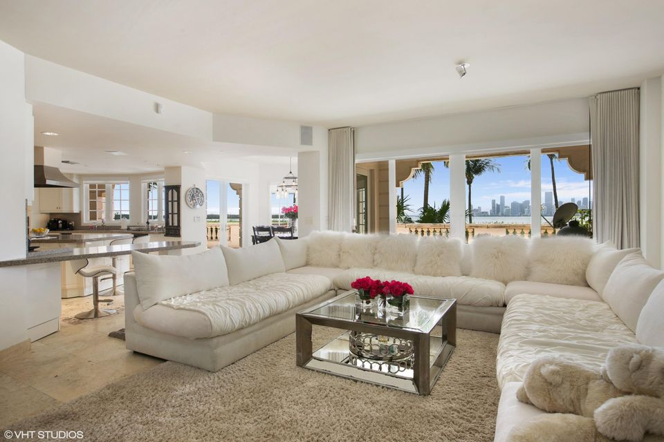 5212  Fisher Island Drive Drive 5212, Miami Beach FL 33109 is listed for sale as MLS Listing RX-10463746 photo #8