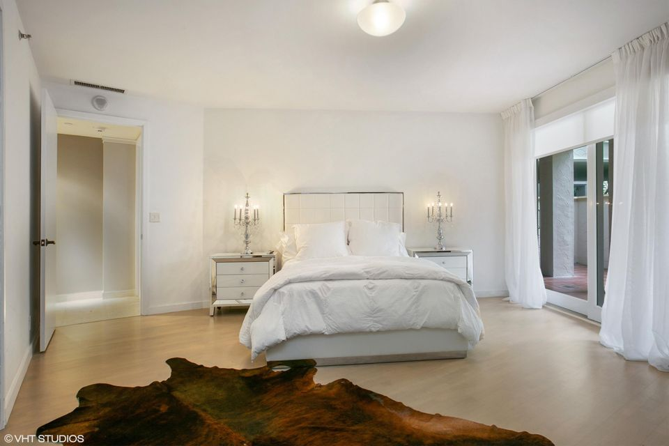 5212  Fisher Island Drive Drive 5212, Miami Beach FL 33109 is listed for sale as MLS Listing RX-10463746 photo #12