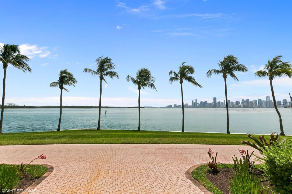 5212  Fisher Island Drive Drive 5212, Miami Beach FL 33109 is listed for sale as MLS Listing RX-10463746 photo #16