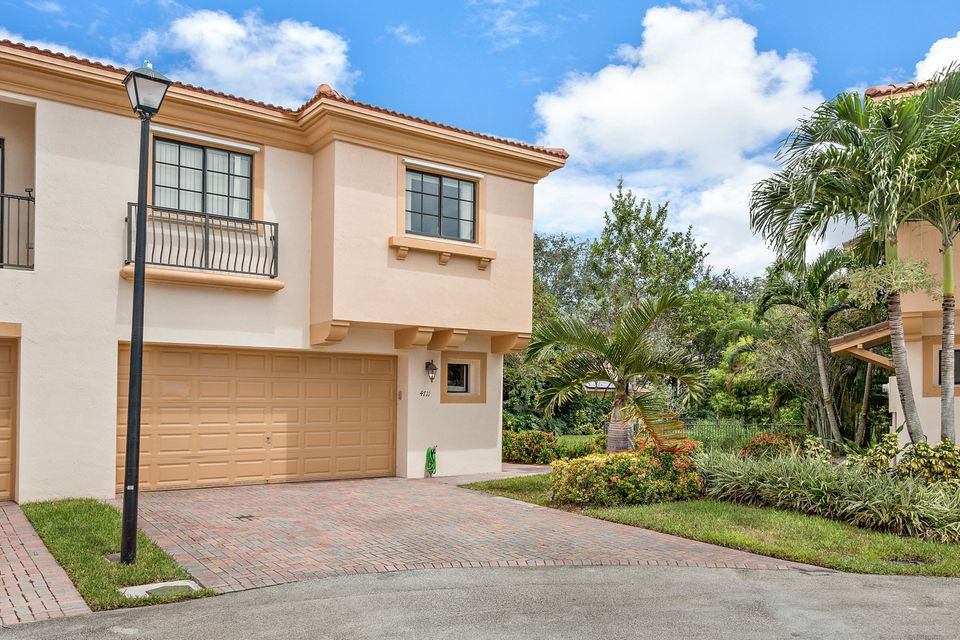 Home for sale in GRAND CYPRESS REPLAT Coconut Creek Florida