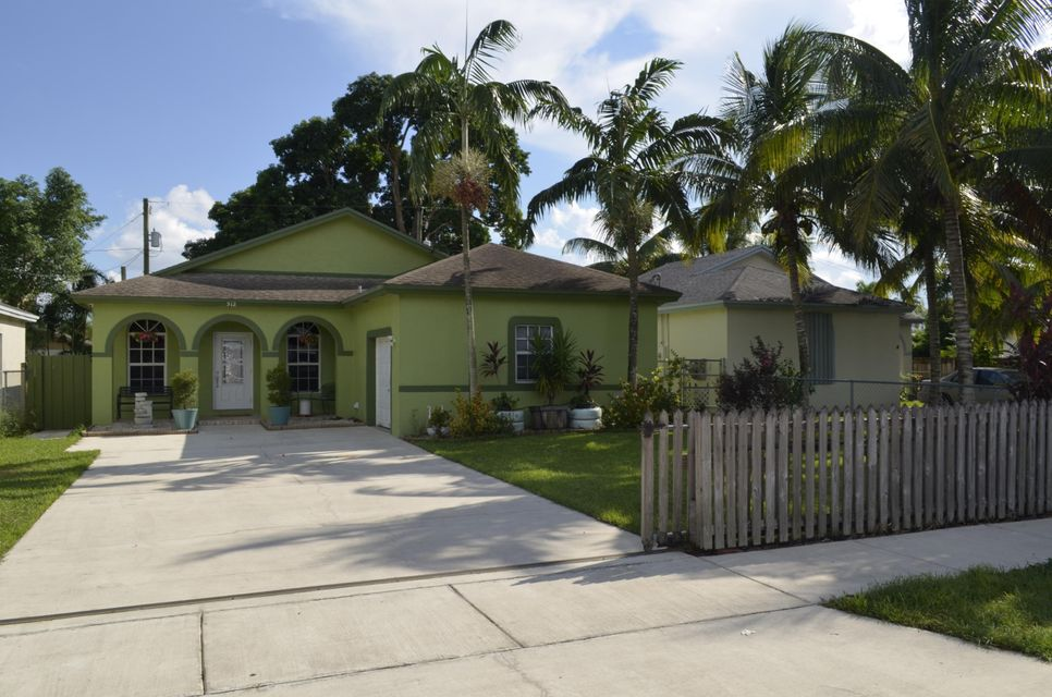Home for sale in PONCE DE LEON Homestead Florida