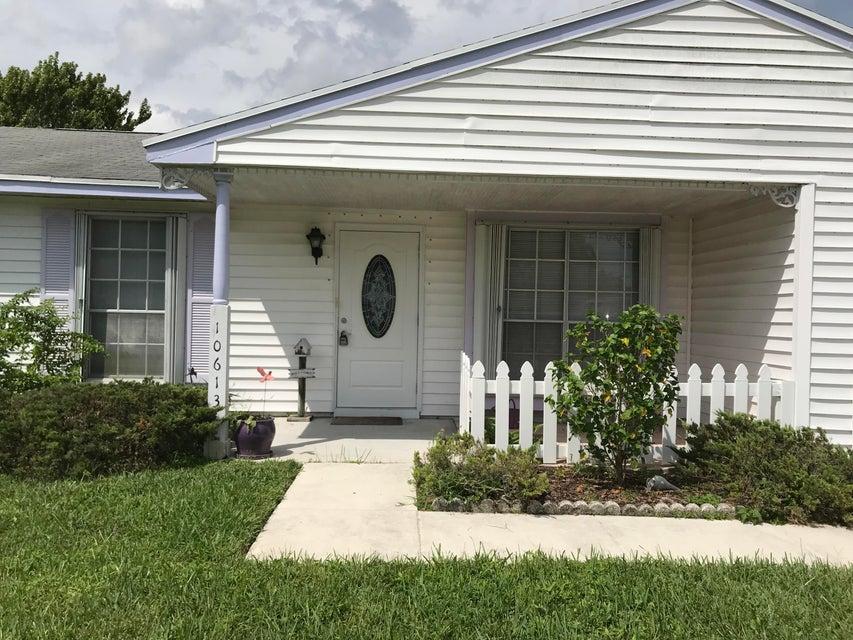 10613 Aquarius Lane Royal Palm Beach, FL 33411