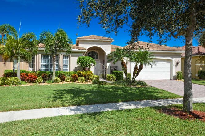 7144 Corning Circle  Boynton Beach FL 33437