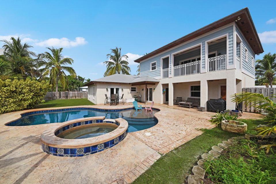 15 NW 17th Court  Delray Beach, FL 33444