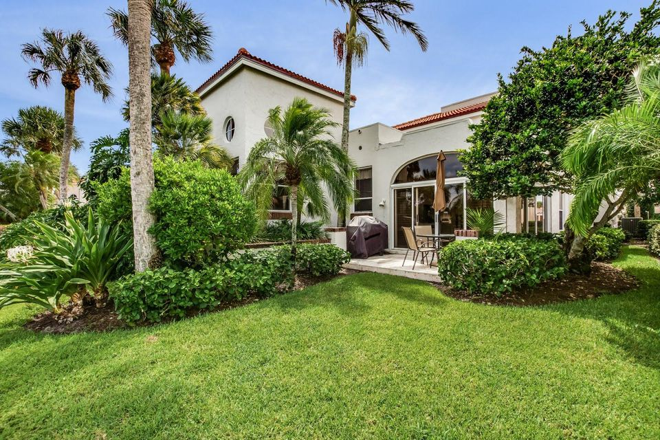 16632 Narrows Drive , Jupiter FL 33477 is listed for sale as MLS Listing RX-10464529 45 photos