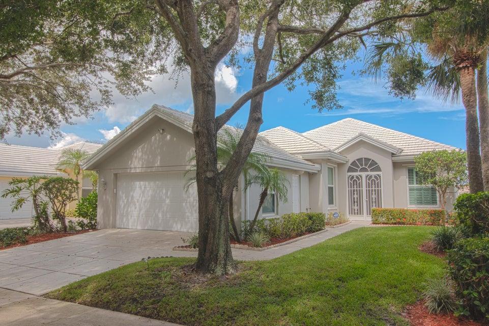 940 Bear Island Circle West Palm Beach, FL 33409