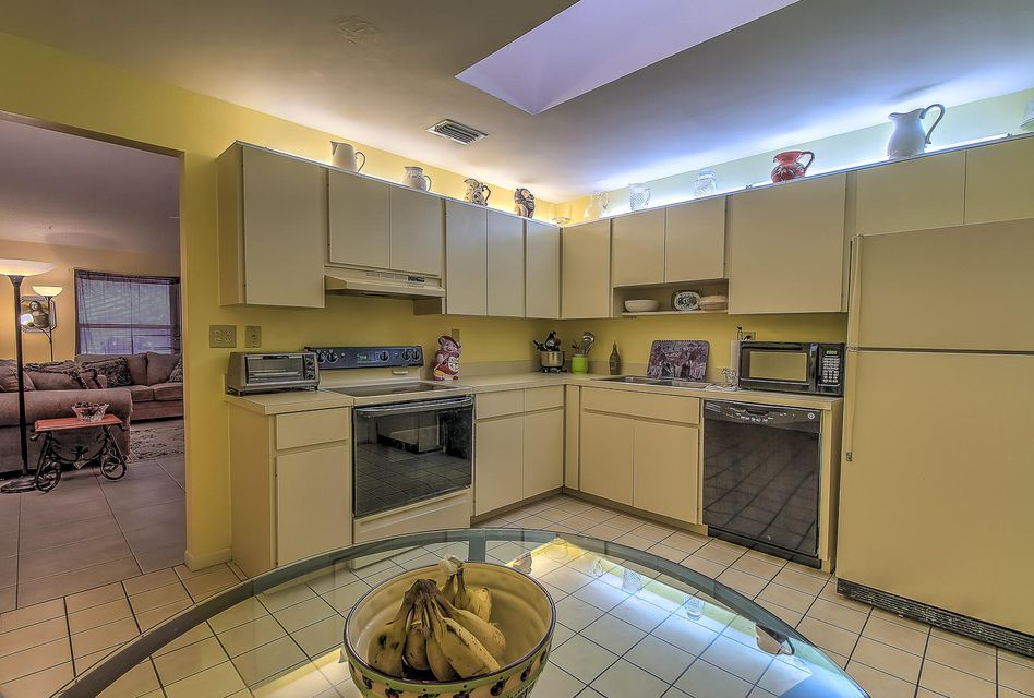 Home for sale in Pine Needle Park Palm Springs Florida