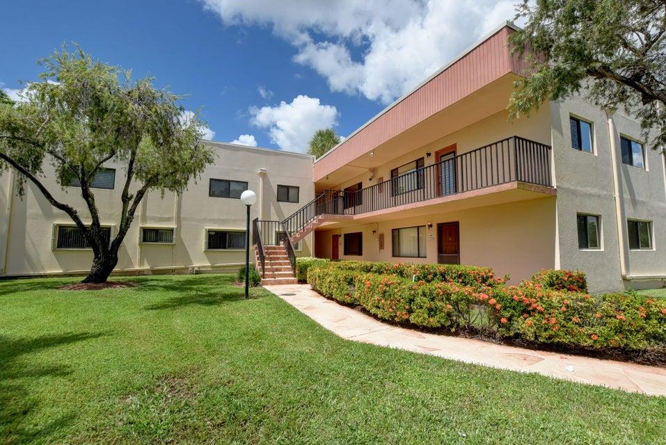15090 Ashland Place 163  Delray Beach, FL 33484