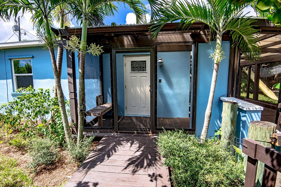 800 Fernwood Drive  West Palm Beach FL 33405