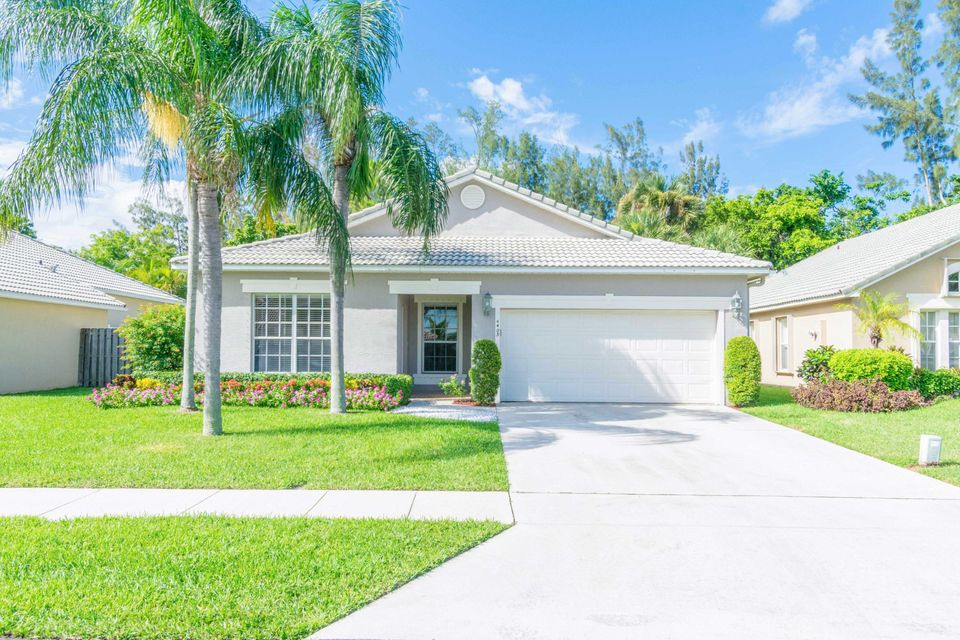 Home for sale in SUNSET CAY Boynton Beach Florida