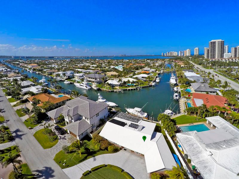 1280 Bimini Ln , Singer Island FL 33404 is listed for sale as MLS Listing RX-10464437 30 photos