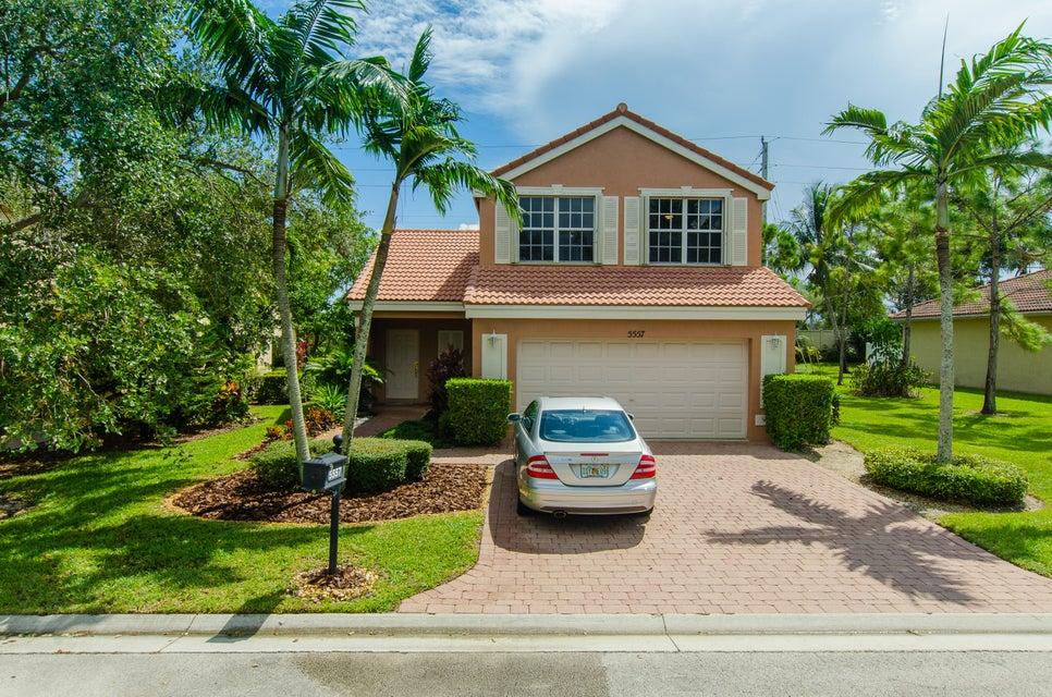 5557 American Circle  Delray Beach FL 33484