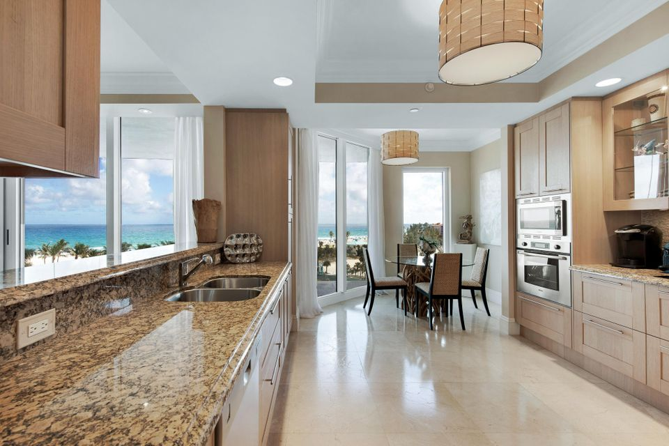 2700 N Ocean Drive 503b, Singer Island FL 33404 is listed for sale as MLS Listing RX-10465258 photo #7