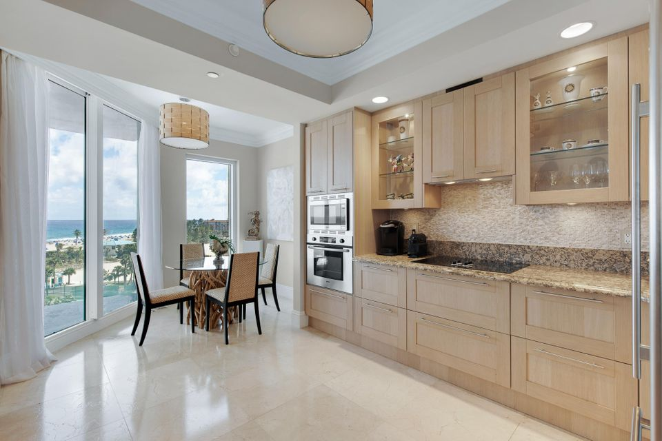 2700 N Ocean Drive 503b, Singer Island FL 33404 is listed for sale as MLS Listing RX-10465258 photo #8