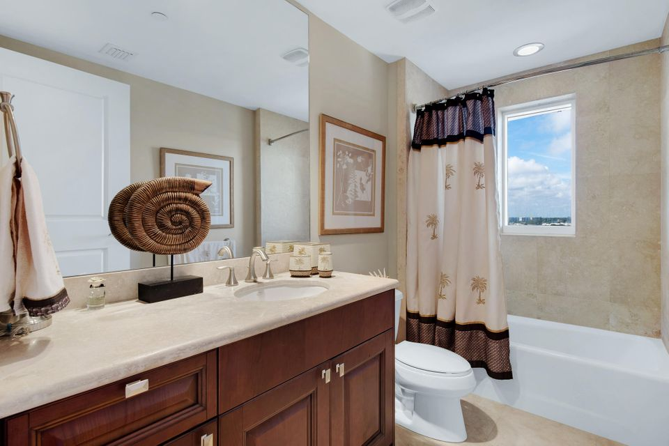 2700 N Ocean Drive 503b, Singer Island FL 33404 is listed for sale as MLS Listing RX-10465258 photo #14