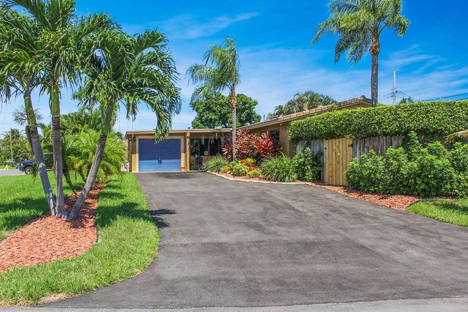 Home for sale in University Hill Boca Raton Florida